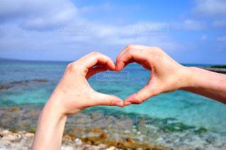 海,夏,カップル,沖縄,ハート,夫婦,♡,heart,ツーショット