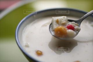 台湾、台北の夏樹甜品の杏仁豆腐。の写真・画像素材[922763]