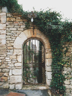 フランス 最も美しい村のひとつ、ゴルドの街並み。石造りの家。の写真・画像素材[1219465]