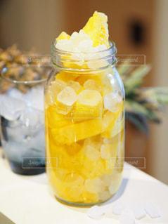 オレンジ ジュースのガラスの写真・画像素材[1845172]