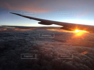 自然,空,夕日,屋外,太陽,雲,夕暮れ,飛行機,雲海,夕陽,サンセット,夕日が綺麗