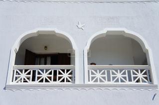 建物,鳥,白,窓,アート,旅行,アーチ,ホテル,海外旅行,サントリーニ,ハネムーン,ホワイト