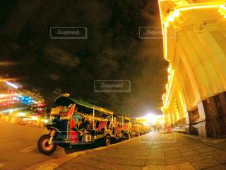 バンコクの夜の写真・画像素材[1684404]