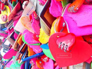 海外,ピンク,赤,カラフル,ハート,オシャレ,旅行,旅,鎖,グアム,南京錠,恋人岬