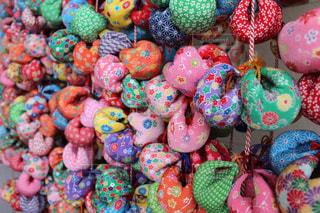 異なる色のキャンディーのグループの写真・画像素材[727029]