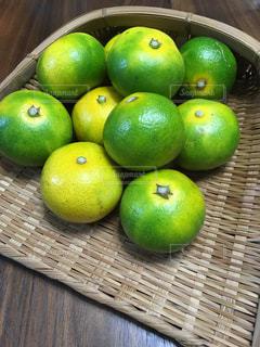 食べ物,フルーツ,果物,籠,みかん,青い,秋の味覚