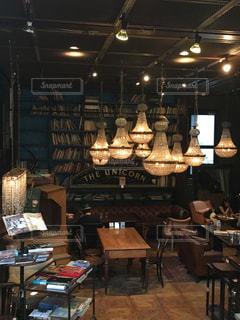 三宿,THE GLOBE,有名なジャケ写のカフェ,アンティークカフェ
