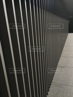 歩道を歩く人の写真・画像素材[1266221]