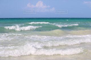 伊良部島の海の写真・画像素材[2377905]
