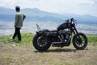 風景,後ろ姿,バイク,山,阿蘇,ハーレー,ツーリング