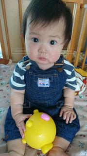 男の子,目,見つめる,乳幼児,生後10ヵ月