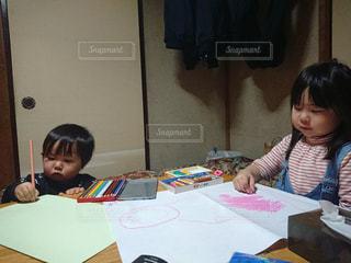 絵,子供,女の子,メッセージ,色鉛筆,クレヨン,男の子,2歳,5歳,手書き,描く,気持ち,サクラクレパス