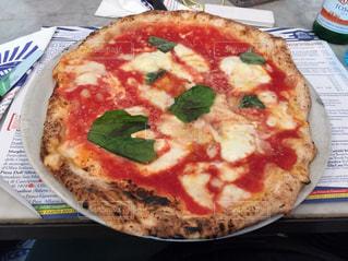 イタリア,マルゲリータ,ナポリ,リストランテ,ボリューミー,ピッツア,sorbillo,コスパ最高,美味しすぎて、日本でピッツア食べれない。