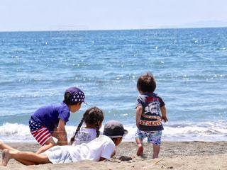海,後ろ姿,子供,女の子,後姿,こども,男の子