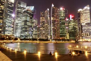 夜の街の景色の写真・画像素材[1841636]