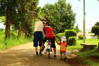 3人,夏,散歩,楽しい,可愛い,おじいちゃん,一緒