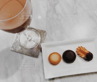 チョコレート ドーナツとコーヒー カップ - No.805462