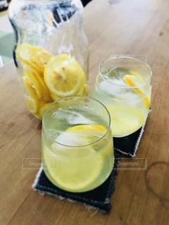 さわやかなレモンの味の写真・画像素材[1417042]