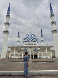 女性,青,後ろ姿,人物,背中,ブルー,マレーシア,モスク,ブルーモスク,Malaysia