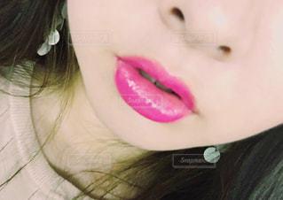 クローズ アップ撮影、selfie ピンクの髪を持つ女性のの写真・画像素材[850485]