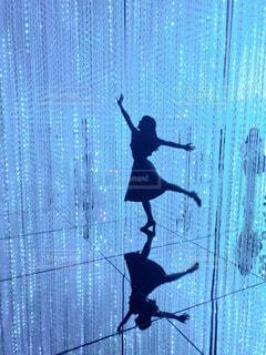 光のダンスの写真・画像素材[1368554]