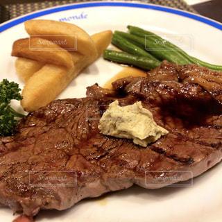肉と野菜の料理の写真・画像素材[1757555]