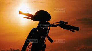 空,夕日,自転車,影,夕陽