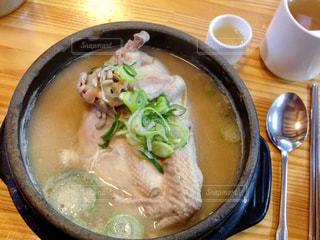 スープ,韓国,KOREA,鶏肉,参鶏湯,薬膳,土俗村,高麗人参,韓国名物