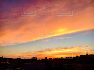 空,夕日,マンションの最上階