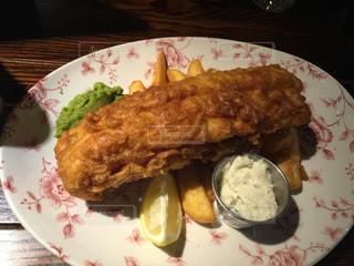 イギリス,おいしい,パブ,fish&chips,The St George's Tavern,ビクトリア駅