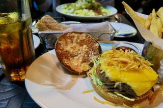 ハンバーガー,USA,ロサンゼルス,ビバリーヒルズ,カリフォルニア,チーズバーガー,beverlyhills,チーズケーキファクトリー,LosAngels,cheese burger,thecheesecakefactory