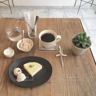 カフェ,コーヒー,かわいい,アイスクリーム,チーズケーキ,元町,三宮,兵庫,おしゃれ,県庁前,toiro