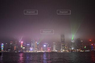 夜の街の景色の写真・画像素材[1021538]