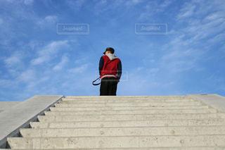 空へと続く階段の写真・画像素材[1094966]