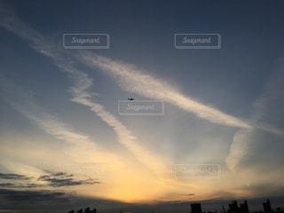 空には雲のグループの写真・画像素材[962277]