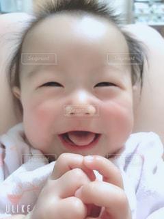 赤ん坊のクローズアップの写真・画像素材[2331028]