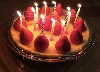 ケーキ,ろうそく,チーズ,誕生日,手作り,happy,愛情,イチゴ