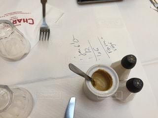食卓,フランス,パリ,塩,コショウ,マスタード,Bouillon CHARTIER