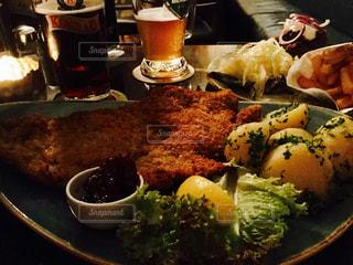 ビール,ドイツ,シュニッツェル,チェコビール,仔牛のカツレツ,フライベルグ,Stadwirtschaft