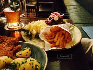 ビール,フライドポテト,チェコビール,フライベルグ,Stadwirtschaft,手作りコンビーフ
