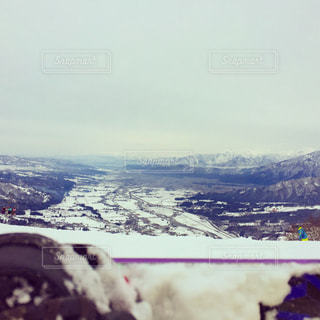雪の覆われた山々 の景色の写真・画像素材[934910]