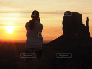 世界の夕暮れよりの写真・画像素材[956593]