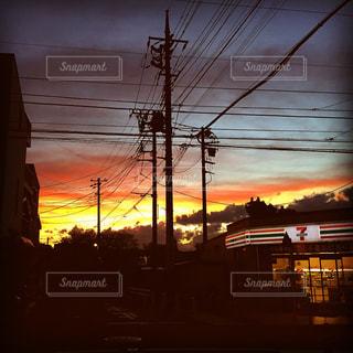 日没の前にトラフィック ライト - No.956599