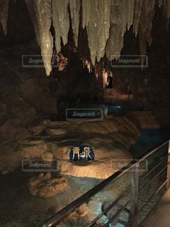 近くの洞窟のアップの写真・画像素材[710417]
