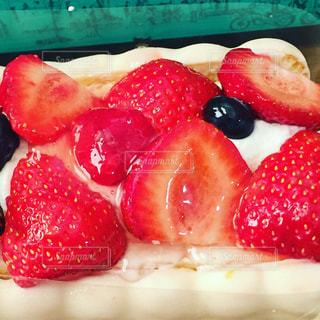 #ケーキ  #いちごのムースケーキ  #カフェ  #instafood,#ケーキ  #ケーニヒスクローネ  #お誕生日