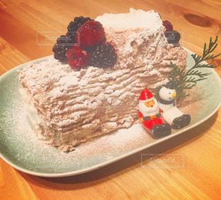ケーキ,クリスマス,サンタ,ブッシュドノエル,ホームパーティ,イイホシユミコ