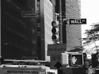 ウォールストリートの信号の写真・画像素材[813430]