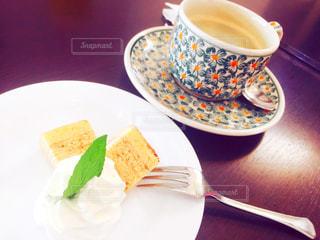 コーヒー カップとケーキ - No.868797