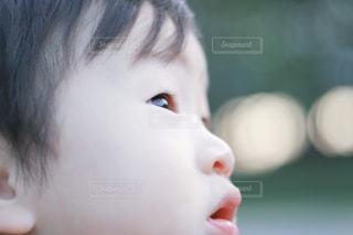子供,光,キラキラ,顔,こども,kids,ポートレート,パーツ,男の子,目,め,瞳,眼,コドモ