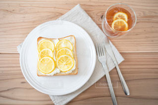 レアチーズ風はちみつレモントーストの写真・画像素材[3307824]